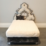 Pompidou Charcoal Sample Dog Bed